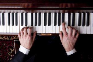 10495379 - piano music